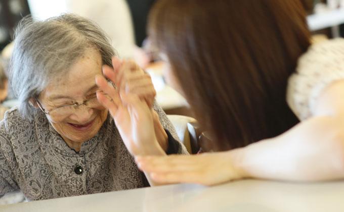 京都・山科苑では自分の仕事でたくさん笑顔が生まれることがやり甲斐です。